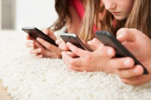 How can I track my kid's cell phone for free?